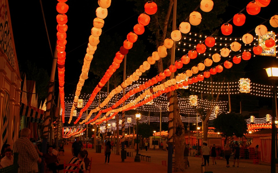 Испанские традиции ярмарка в Севилье
