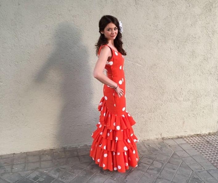 Tradiciones españolas traje flamenco